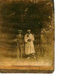 Jean Gassiat au Golf Bordelais (Gironde) avec Moulay Abd el-Aziz ( Sultan du Maroc ) en 1916