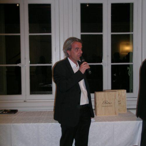 remise des prix du concours de putting APGF par Philippe Estang