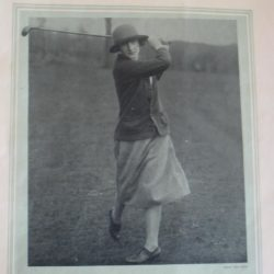 1924 Simone Thion de la Chaume