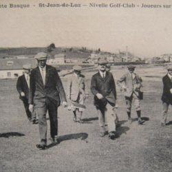 Photo N°1 le joueur à droite est à identifier !