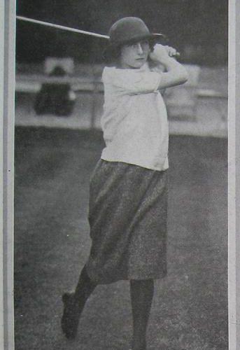 Simone en 1923 lors de la Coupe Femina